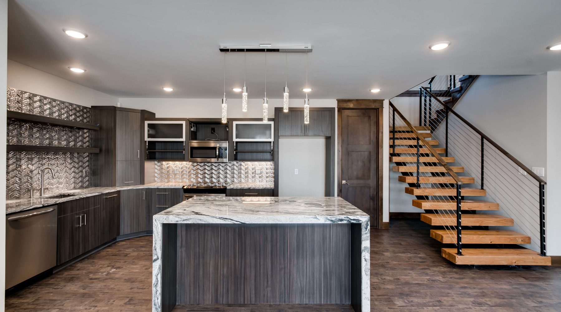 2466 Spruce Meadows Dr-print-015-9-Kitchen-4200x2661-300dpi