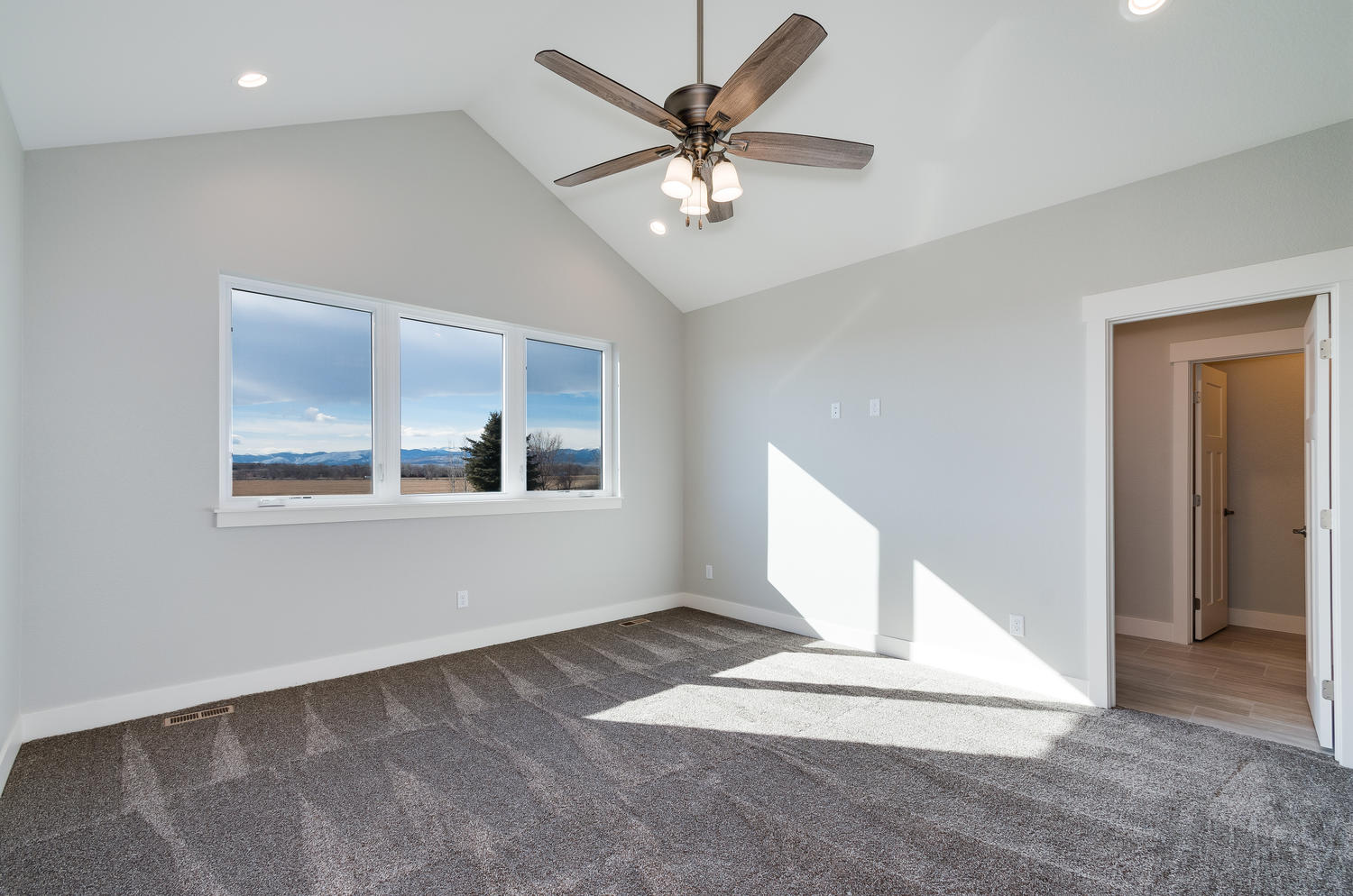1327 Sweetwater Ln Berthoud CO-large-025-20-Master Bedroom-1500x994-72dpi