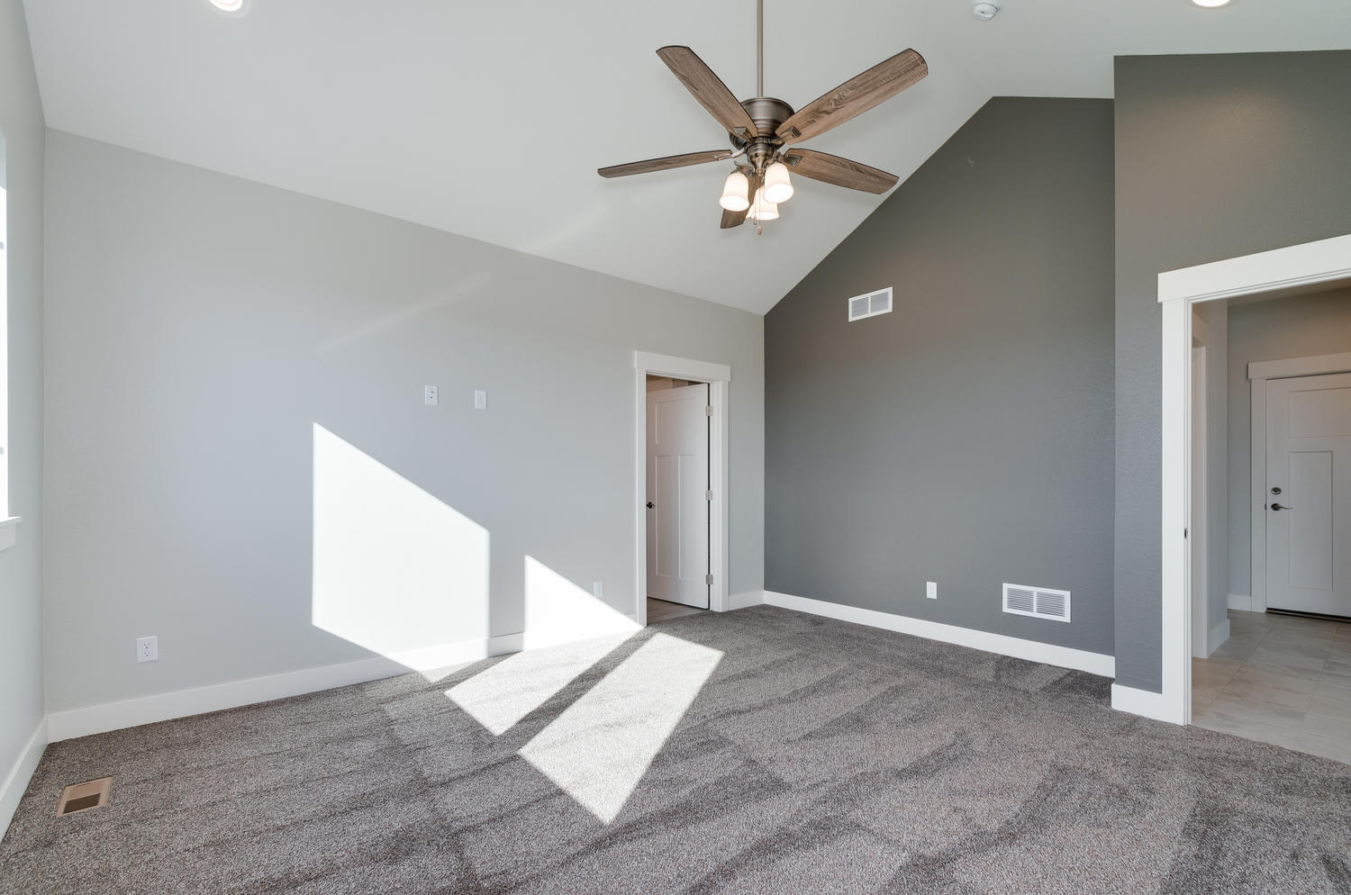 1327 Sweetwater Ln Berthoud CO-large-027-27-Master Bedroom-1500x994-72dpi