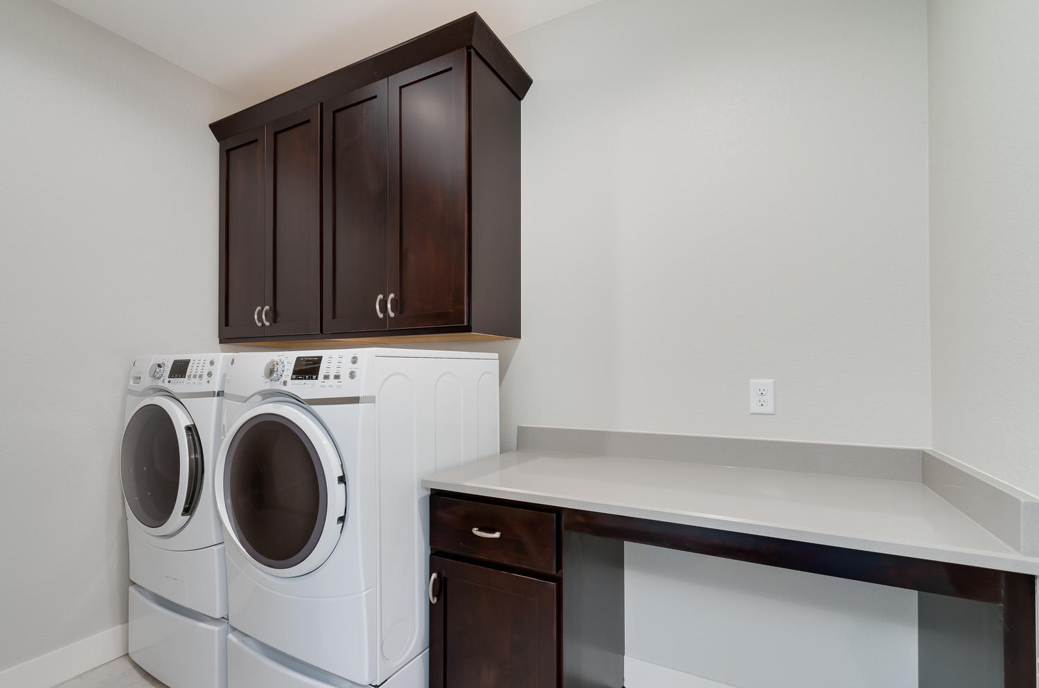 1327 Sweetwater Ln Berthoud CO-large-031-16-Laundry-1500x994-72dpi