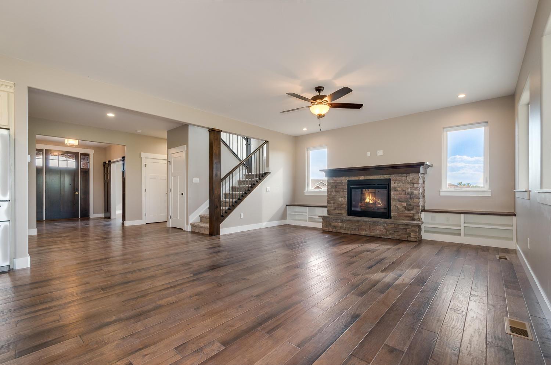 17180 Primrose Ln Mead CO-large-006-3-Living Room-1500x994-72dpi