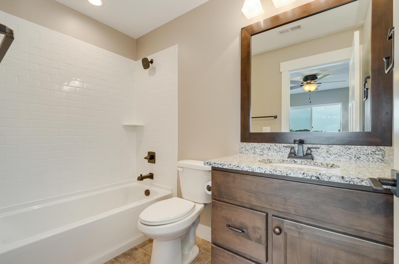 17180 Primrose Ln Mead CO-large-036-38-Bathroom-1500x994-72dpi