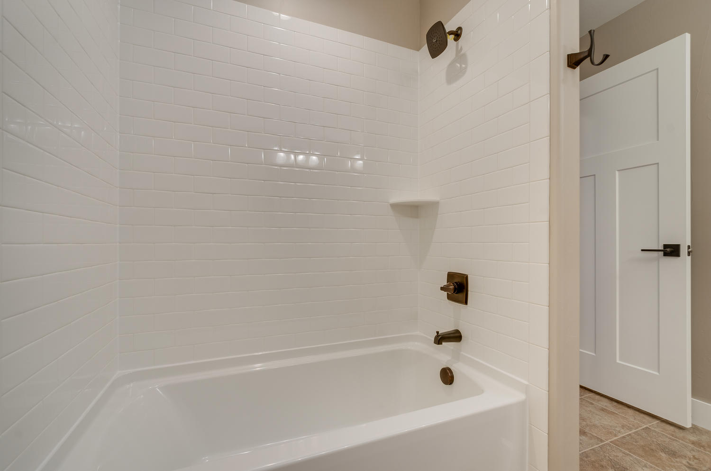17180 Primrose Ln Mead CO-large-040-12-Bathroom-1500x994-72dpi