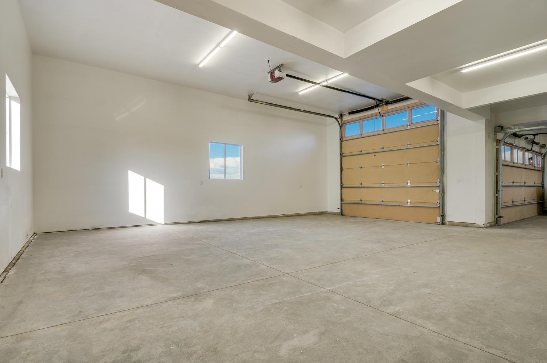 17180 Primrose Ln Mead CO-large-045-41-Garage-1500x994-72dpi